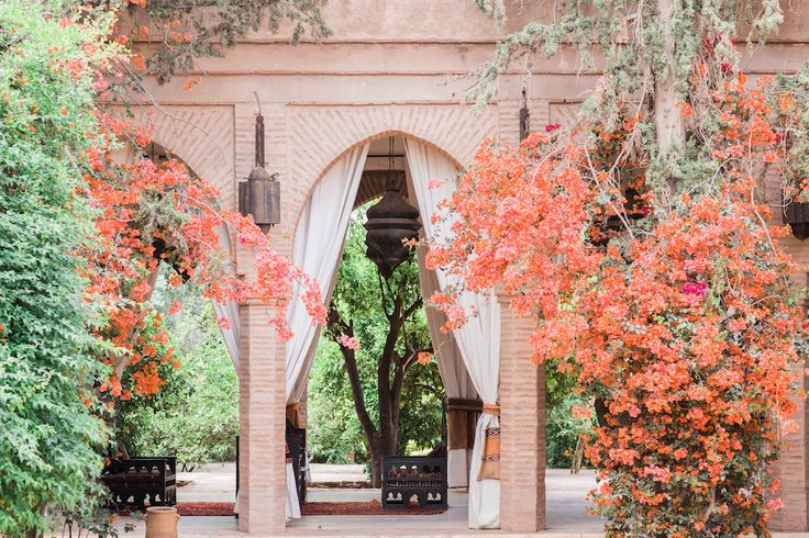 Marrakech - Beldi Country Club Outside patio with flowers