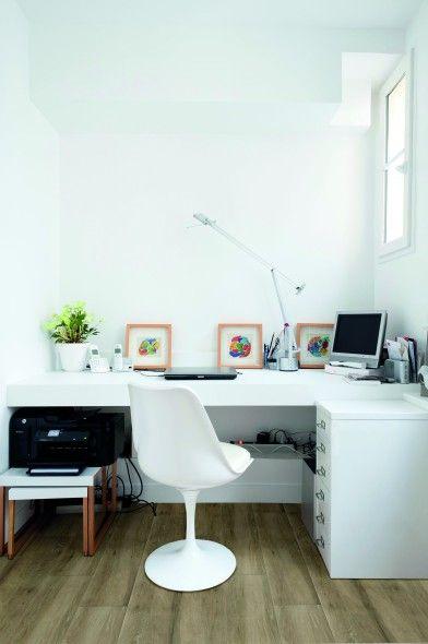 Espace de bureau avec parquet céramique couleur noix d'Impermo