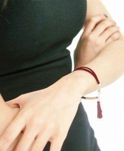 bracelet-suede-pompon-rouge-2017-femme-2