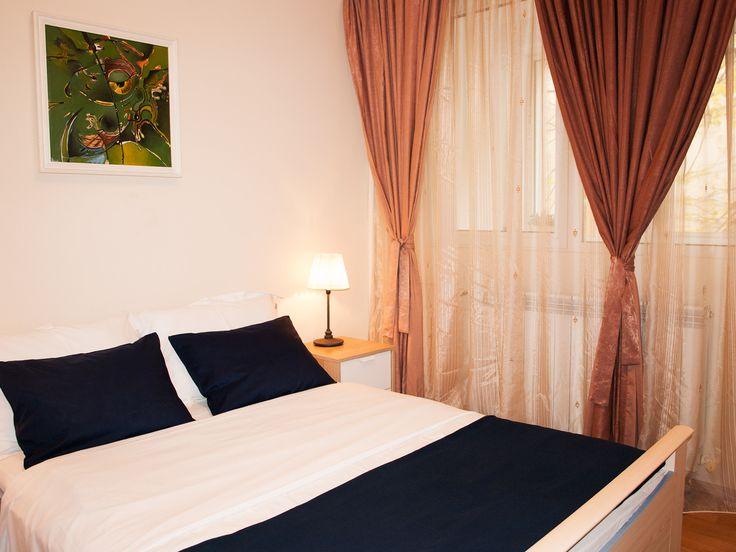 Apartamento tranquilo a corto plazo, en el centro de Bucarest.