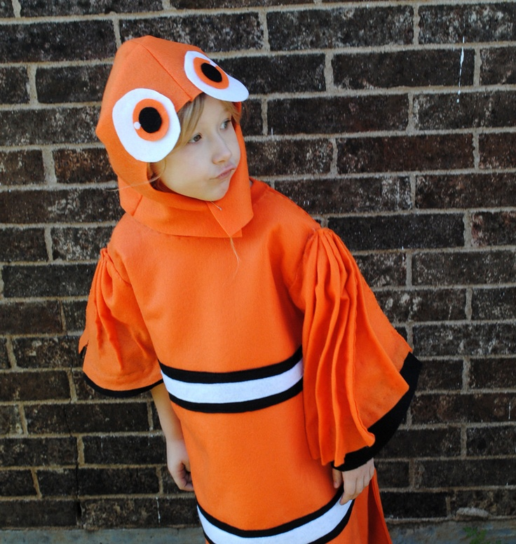 106 best costume set ideas images on pinterest for Clown fish costume