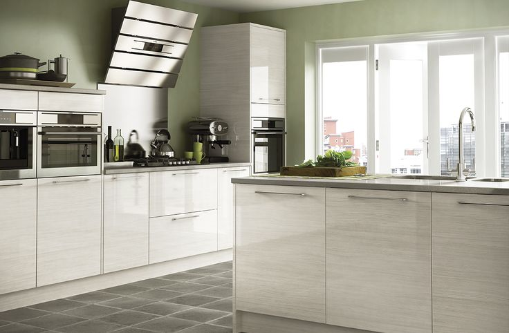 Gloss Matt Wood Kitchen Finishes: The Subtle, Oyster-grey Wood Grain Of The Parma Gloss