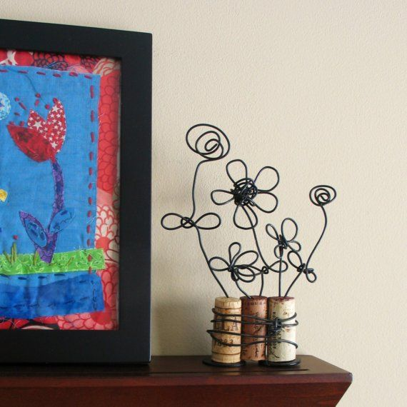 Blue Velvet Chair: 22 Inspiring DIY Cork ProjectsWire Sculpture, Wine Corks, Corks Art, Wire Flower, Diy Corks, Corks Ideas, Inspiration Diy, Corks Crafts, Corks Projects