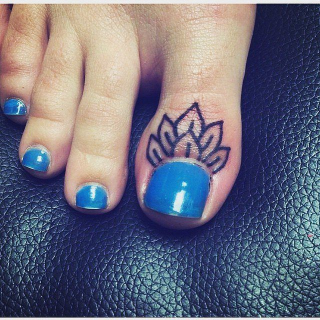 25 best ideas about toe tattoos on pinterest foot for Toe tattoos pinterest