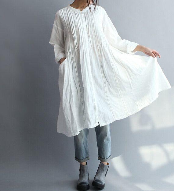 【Fabric】 coton 【Color】 blanc 【Size】 Dépaule 55 cm/21  Buste de 110 cm/43  Manche 49 cm/19 » Longueur 95 cm/37   Avez des questions veuillez me contacter et je serai ravi de vous aider.