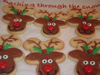 CUTE...Reindeer Cookies, made with upside down gingerbread men cookie cutters.Reindeer Cookies, Good Ideas, Men Cookies, Cookies Recipe, Sugar Cookie Recipes, Cookies Cutters, Cookie Cutters, Gingerbread Man, Gingerbread But