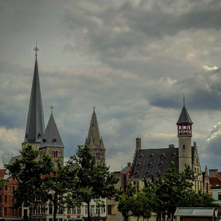 https://flic.kr/p/KxWeyk | #Relivingthemoments: Fridaymarket (On a Tuesday)  (#Ghent,#2016)  #Gent,#oostvlaanderen,#vlaanderen,#België,#Europa,#normalfilter,#Vignette,#vrijdagmarkt,#Cityscape,#Sonydschx300  (BY: #KJVW 2016)