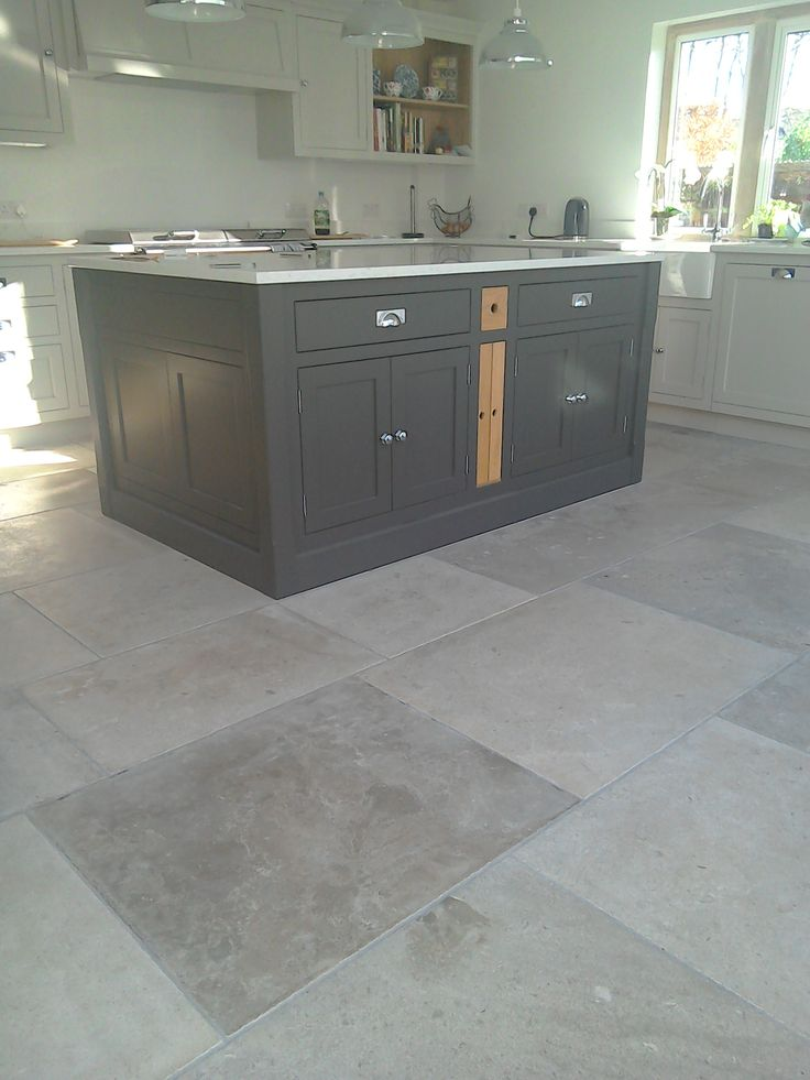 Manoir Grey French Limestone Flooring Grey Kitchen Floor Limestone Flooring Kitchen Flooring