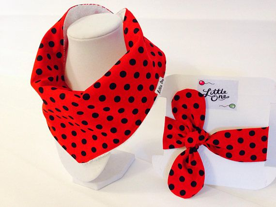 Hand crafted in Michigan USA  A perfect gift set for baby shower, new born , birthday ocassion or just to treat your lovely little one!  This Gift set contains:  1x Red Polka dots 100% Cotton prewashed bandana bib lined with terry cloth Also contains 1 x Baby matching Hair wrap, which is adjustable and has a total length ( undone) of 25.5 to 28 approx.  All my items are handmade and made with high quality fabrics by myself!   For similar items in my shop please follow the the link below…