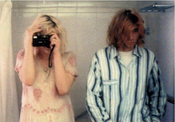Courtney Love and Kurt Cobain 1992 http://ift.tt/2gvde6n