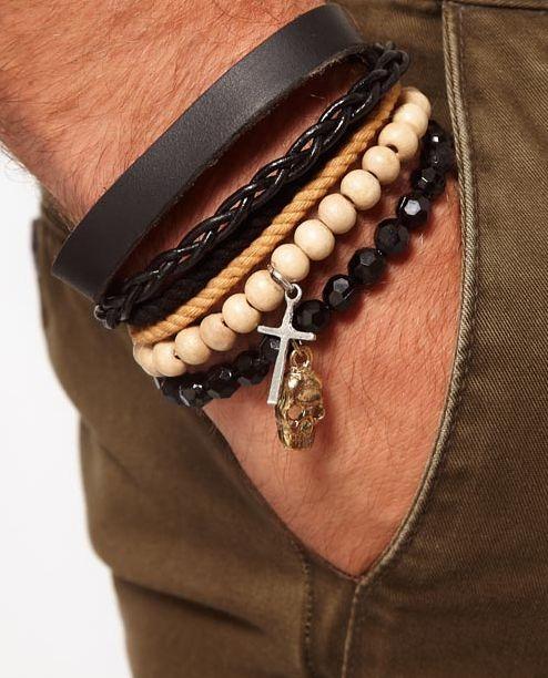 Pack de pulseras de cuero de ASOS  11,11 €