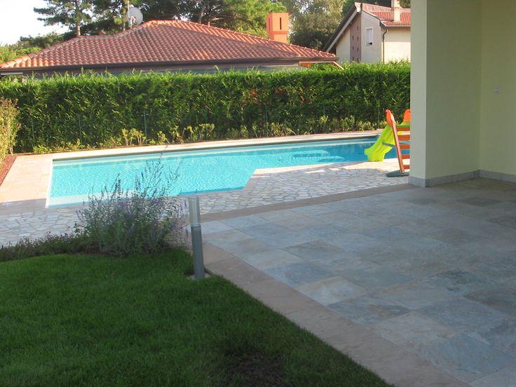 #Solarium e #piscina realizzato con #quarzite #quarzoarenite #lp  #flooring #outdoor #villa #design #stone info@jaipurpietre.com