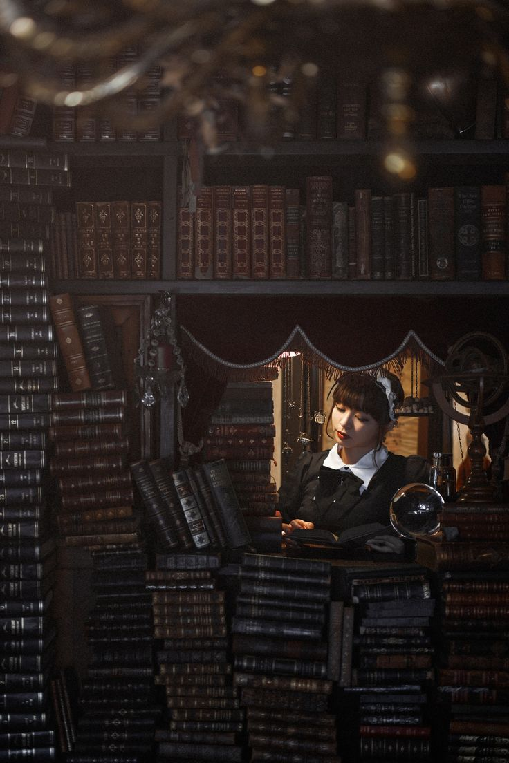 1x.com is the world's biggest curated photo gallery online. Each photo is selected by professional curators.  La biblioteca de Babel by Yasuhiro Ujiie