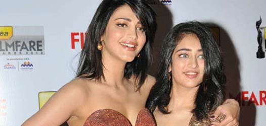 Akshara Hassan and Shruthi Hassan are now the sisters on board, who are set to compete against one another. Shruthi Hassan tested her luck with Bollywood debut, but she failed utterly with her firs...