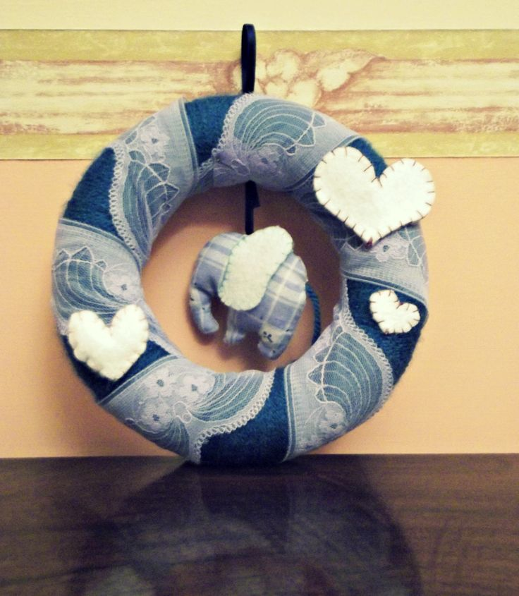 Handmade Birth Announcement Wreath with blue elephant and hearts  https://www.etsy.com/it/listing/169560260/ghirlanda-artigianale-decorativa-corona?ref=shop_home_active_3&langid_override=0