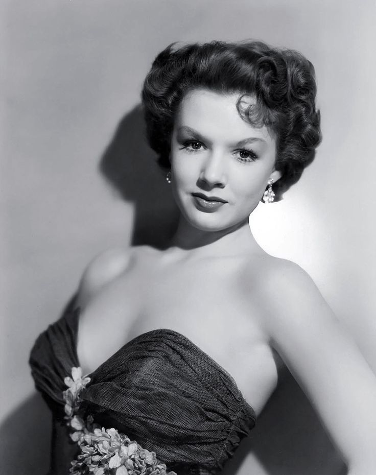 "Piper Laurie=   She was a favorite in her earlier movies, especially ""Mississippi Gambler"" with Tyrone Power"