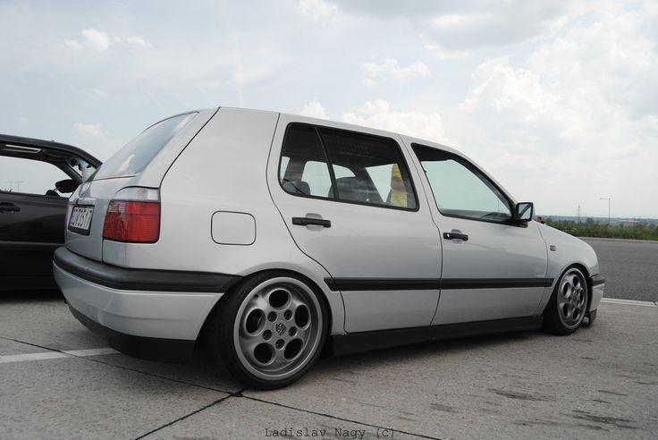 vw-golf-mk3-silver-porsche-wheels
