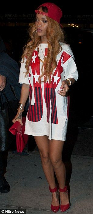 Rihanna arrives to her hotel after being party in a club in New York City.....QUEEN