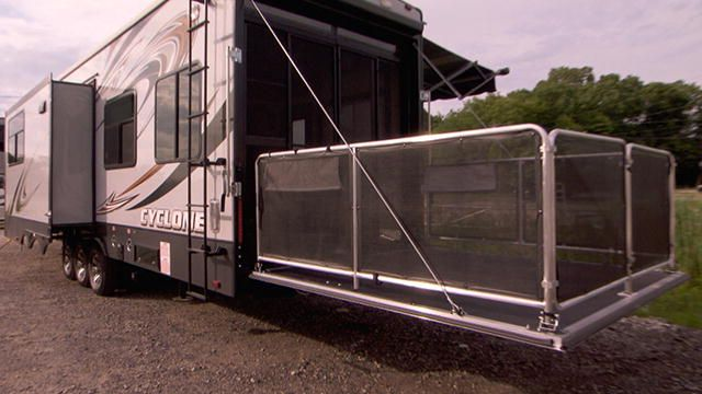 Everyone Wants An RV, But An RV With A Back Patio Is EPIC. Buying Rvu0027s  Premieres Monday 9/8c On Destination America. | Buying RVu0027s | Pinterest | Rv  And Rv ...