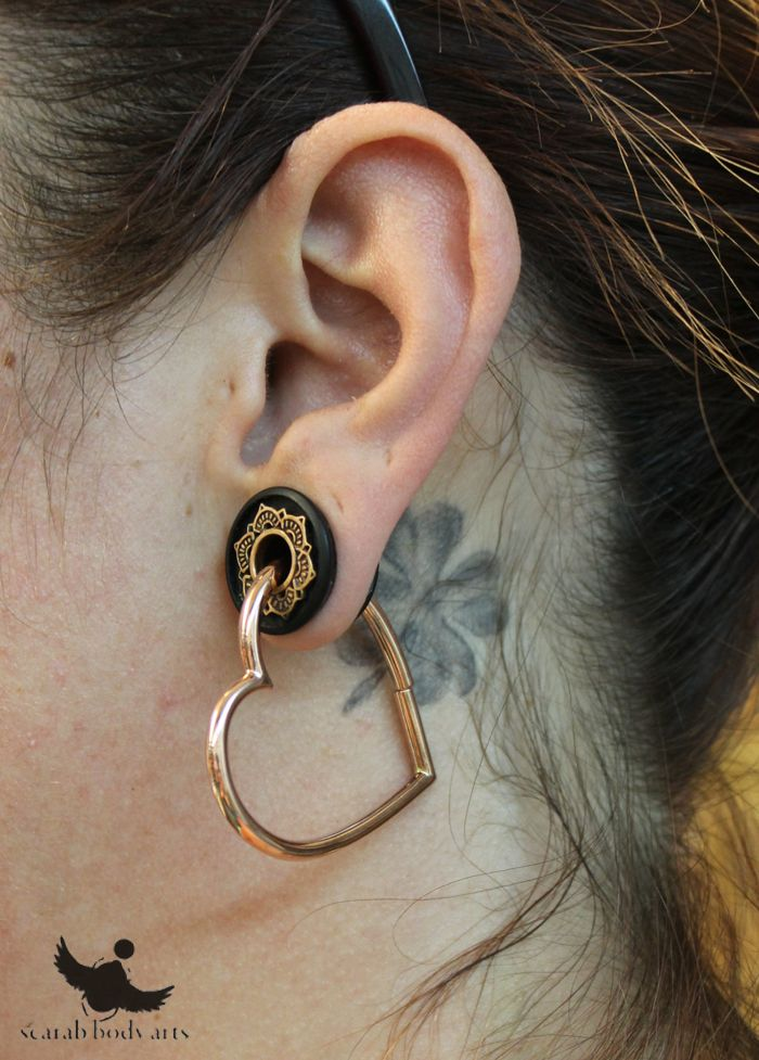 Rose gold hearts from Maya Jewelry through copper inlay plugs from Tawapa