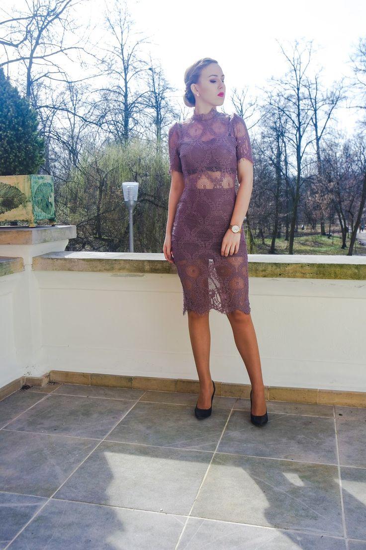 koronkowa sukienka, sukienka midi, klasa, szpilki, elegancja,