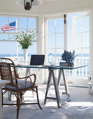 Wonderful Beach Office