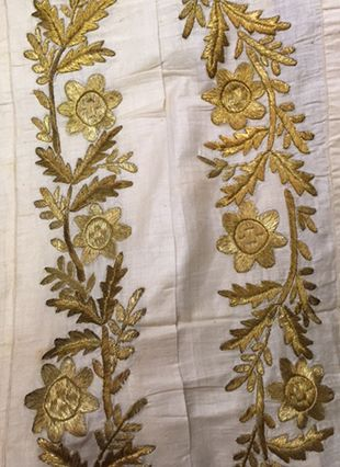 Turkish-Embroidery-Gold-Floral-Hammam-Towel