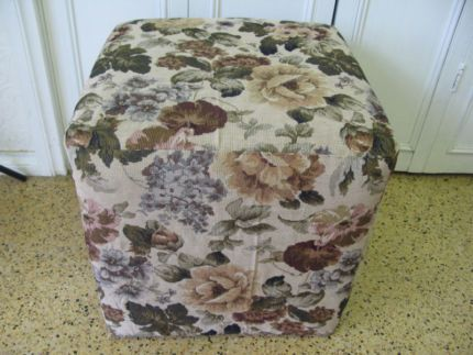 $60 Vintage DELIGHTFUL Square STOOL New Tapestry Fabrics 43x43x43cm  Text 0411691171 or email info@bitspencer.com