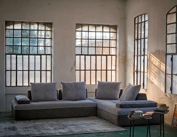 Divani velluto vintage idee per il design della casa for Divani velluto moderno