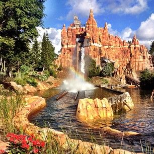 Theme park: Movie World Gold Coast- The wild wild west ride, you get so wet!