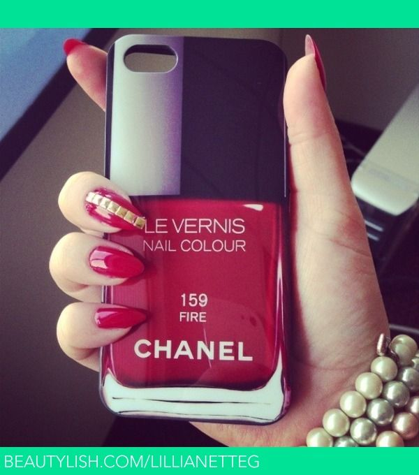 Chanel nagellak iPhone hoesje