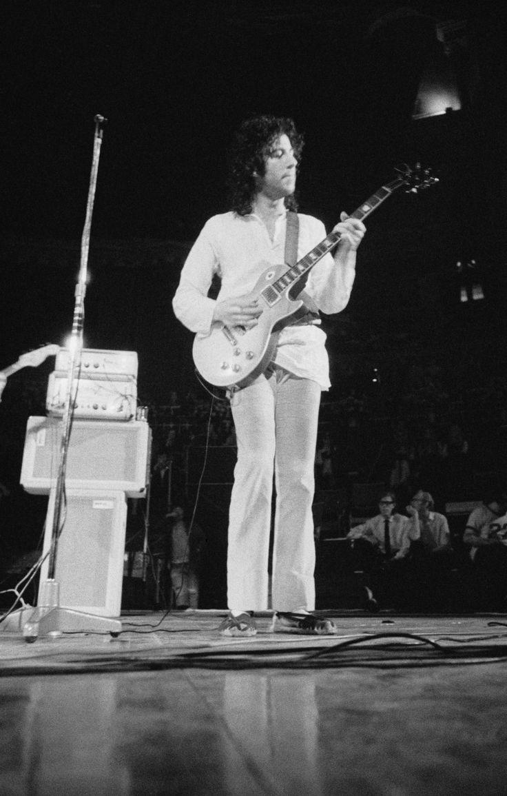 "Fleetwood Mac: ""Green's the best blues guitarist the UK's produced"" - Blues"
