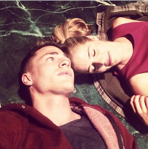 colton haynes and emily bett relationship quizzes