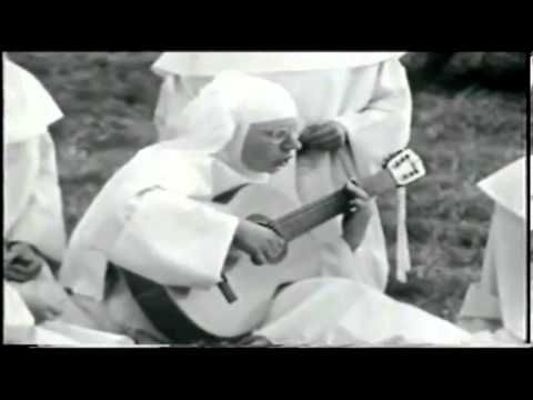 Soeur Sourire (Sister Smile) nee Jeanne Paule Decke, The Singing Nun *Dominique* 1963 - YouTube