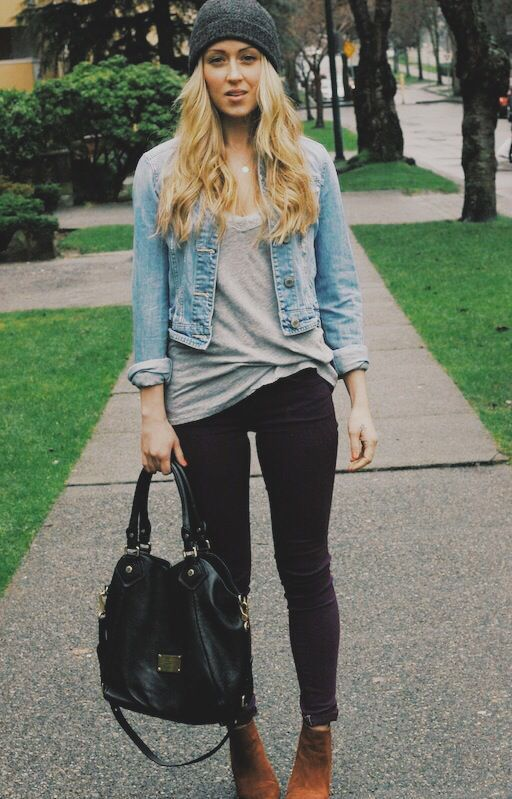 Gray shirt + black jeans + denim jacket