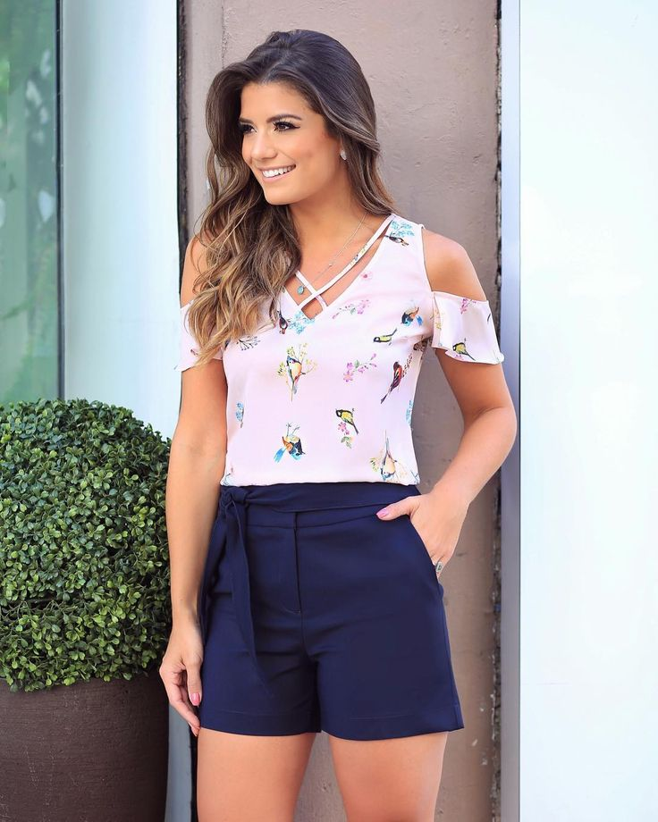 {Summer @uniquechicoficial } Short alfaiataria com blusa estampa de pássaros ♥️♥️