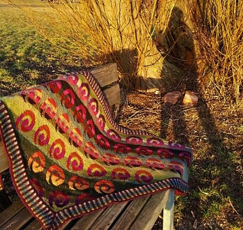 143 best fair isle 2 images on Pinterest | Knitting charts ...