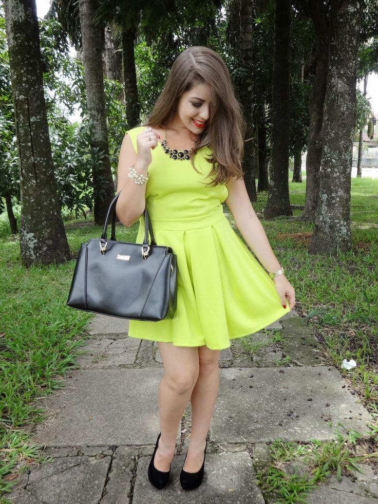 Look da Semana: Vestido Verde Limão da Choies e Bolsa da Lovely Shoes (Lojas Chinesas)