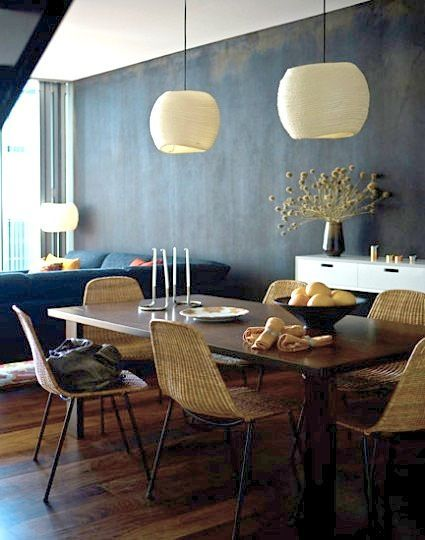 #KBHome Eclectic vintage scandinavian modern dining rom with black walls.