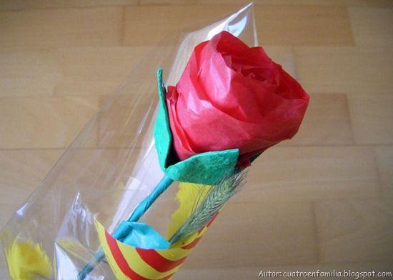 Rosa amb ouera i paper de seda cargolat.
