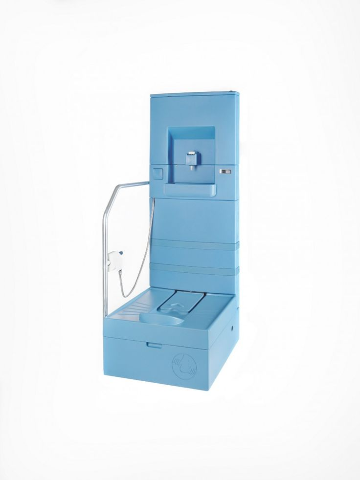 Blue Diversion Toilet -Wereldwijd hebben 2,5 miljard mensen geen toegang tot schone en veilige toiletten. Het Blue Diversion Toilet is ontworpen voor dichtbevolkte, stedelijke sloppenwijken. Het bevat een spoelfunctie, een fonteintje en een douchekop voor persoonlijke hygiëne, maar vraagt slechts een beperkte ruimte, is makkelijk te plaatsen én te verplaatsen.