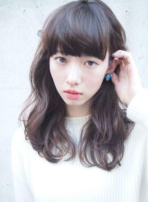 外国人風ショートバング×ナチュラルパーマ 【LOAVE AOYAMA】 http://beautynavi.woman.excite.co.jp/salon/26916?pint ≪ #mediumhair #mediumstyle #mediumhairstyle #hairstyle・ミディアム・ヘアスタイル・髪形・髪型≫