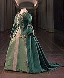 Платье мундирное Екатерины II по форме Лейб-гвардии Преображенского полка   Россия. 1763  Источник поступления в музей:   Артиллерийский исторический музей. 1950