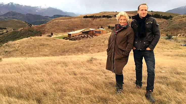 Piers Taylor and Caroline Quentin explore extraordinary homes built in mountain locations.