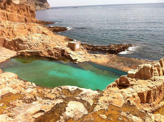 La piscina natural de Begur                                           Empordà, Catalonia