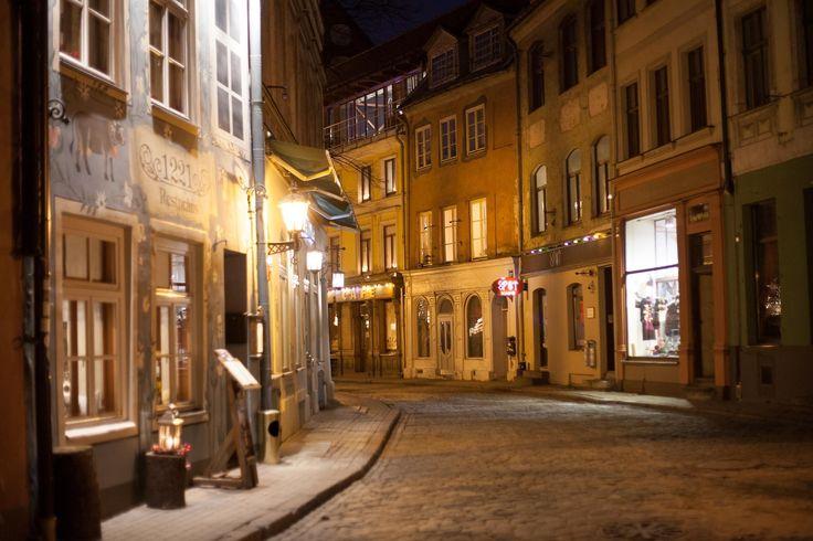 The narrow streets of Riga's historical center.  http://www.stay.com/riga/guides/  #riga