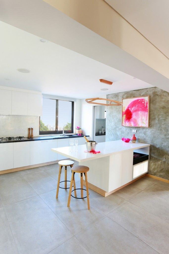 In a smart move after the popularity of their polished concrete feature walls on The Block Sky High, Matt from Matt and Kim, has launched a ...