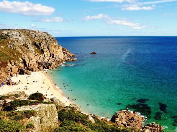 Cornwall coast England   england-cornwall-coast-beach_54583_600x450 (1) - Travel Geeze