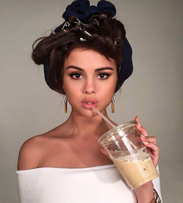 Pourquoi Selena Gomez perd t-elle ses cheveux?                                                                                                                                                                                 Plus
