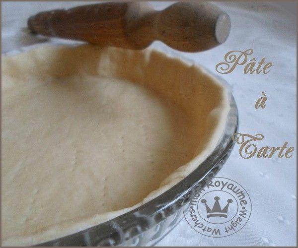 Croyez moi, si vous faite une fois cette pâte vous n'en acheterait plus jamais car non seulement elle est délicieuse rapide a faire, et en plus elle est hyper légére en calorie et donc en points !!!! Toute la pâte pour 13 fléxipoints Ingrédients : 200...